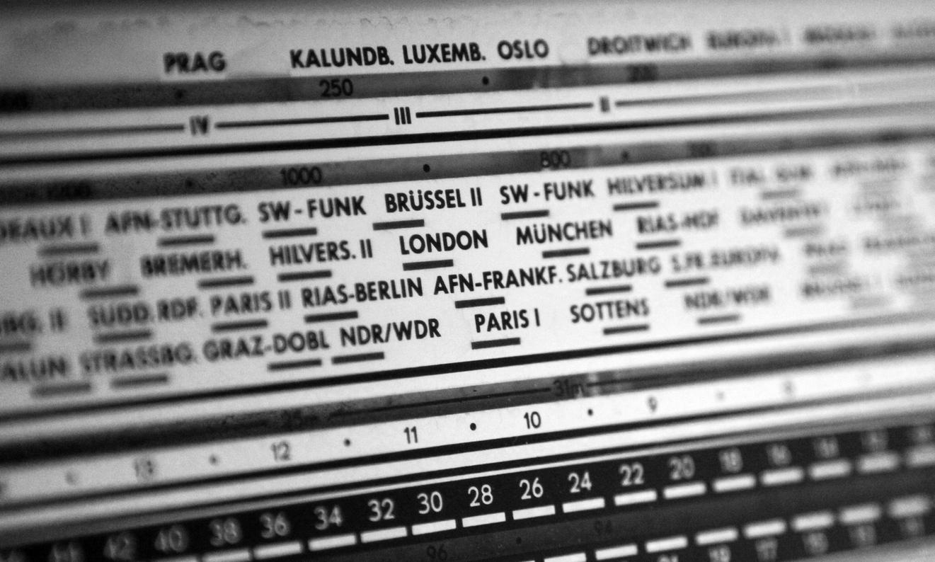 Analog Radio Display